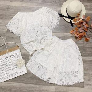 Suit (White)